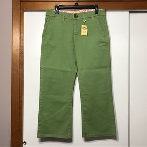 Apple Green Levi's Tab Twill Capri Pants 8